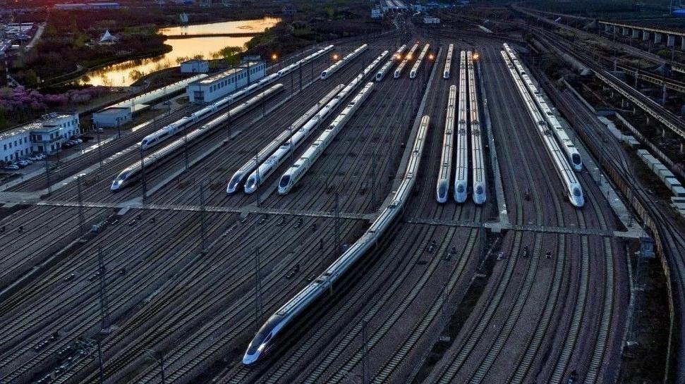 全国铁路今起调图,多地间旅行时间大幅压缩