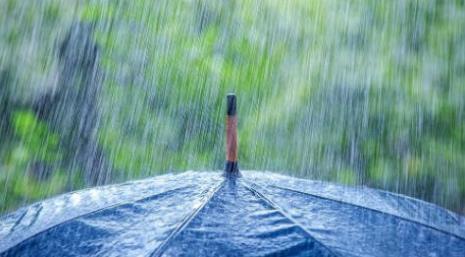 周末唐山有小雨,气温……