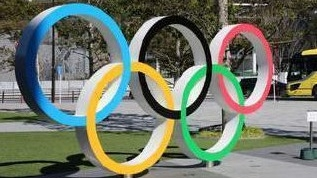 国际奥委会允许运动员领奖时短暂摘下口罩