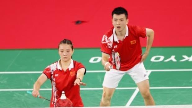 第18金!王懿律/黄东萍获得羽毛球混双金牌