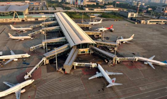民航局:目前国际客运航班每周230余班,为2019年的2.15%