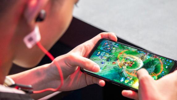 腾讯网易发布国庆假期未成年人游戏限玩时间通知